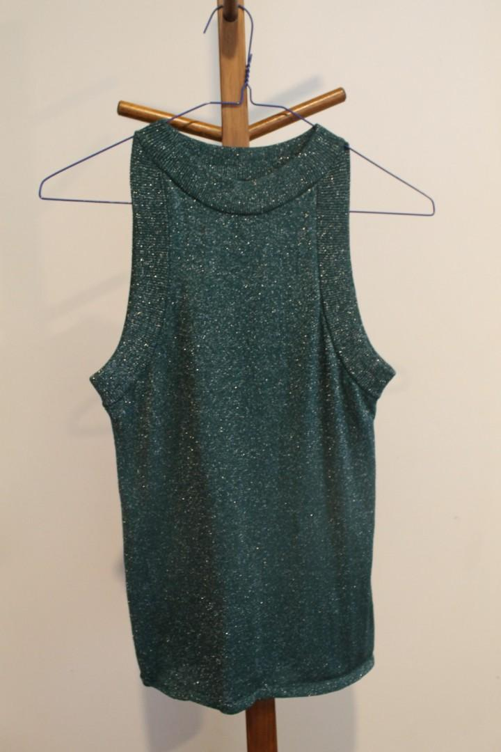 10 / Bardot / Green Sleeveless Top w Subtle Sparkles/Glittered Material