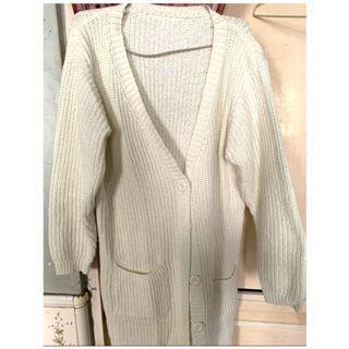 米白色針織外套