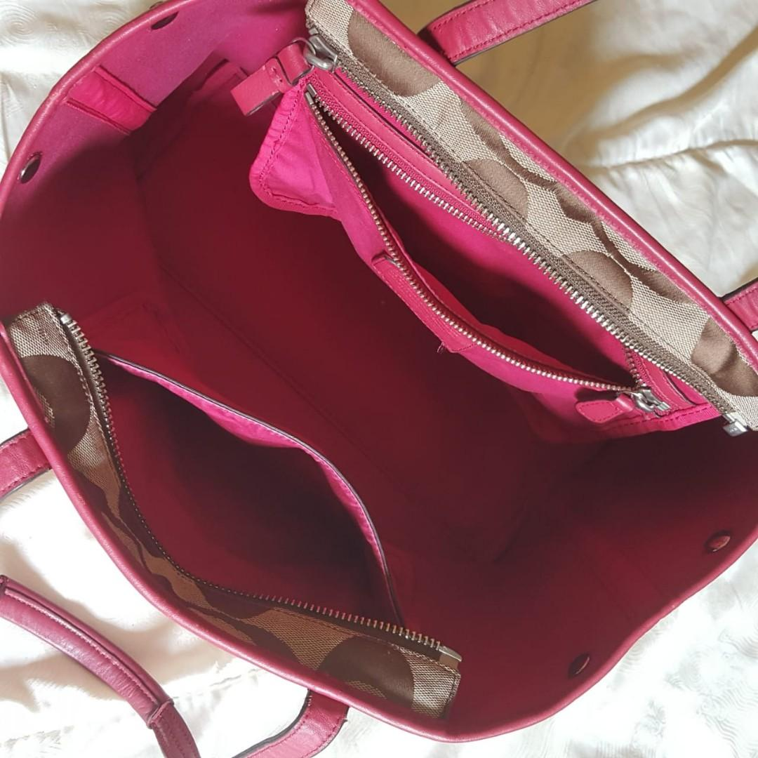 Coach signature jacquard red lining tote bag ORIGINAL from store (preloved clean/no defect)