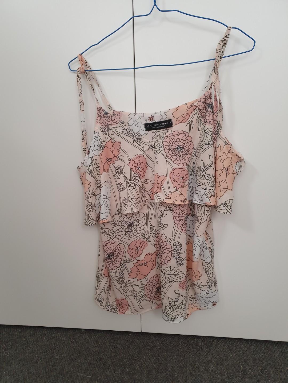 Dorothy perkins - pink floral off shoulder top - UK 6