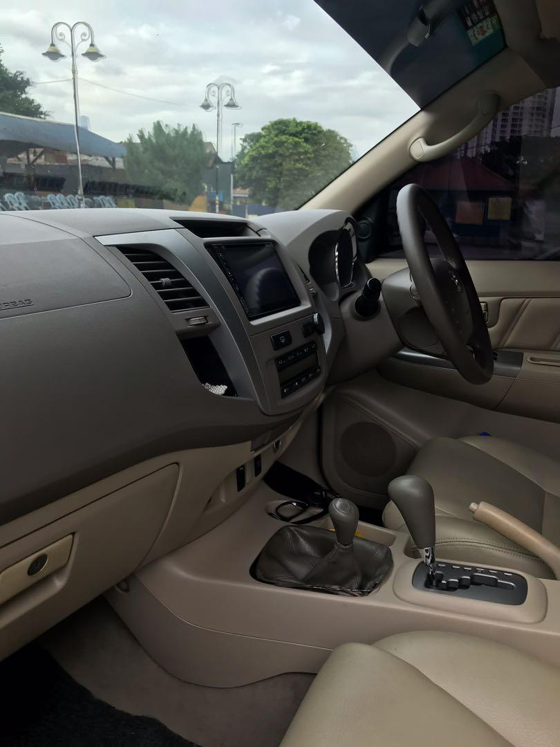 Reduced Price! Toyota Fortuner 2.7V (P) A/T  Year 2005