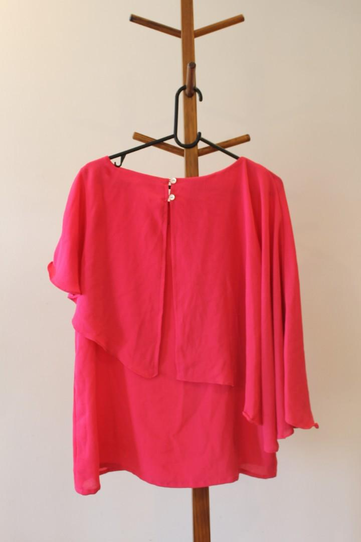 16/XL - AND - Varied Sleeve Bright Pink Poncho Style Top