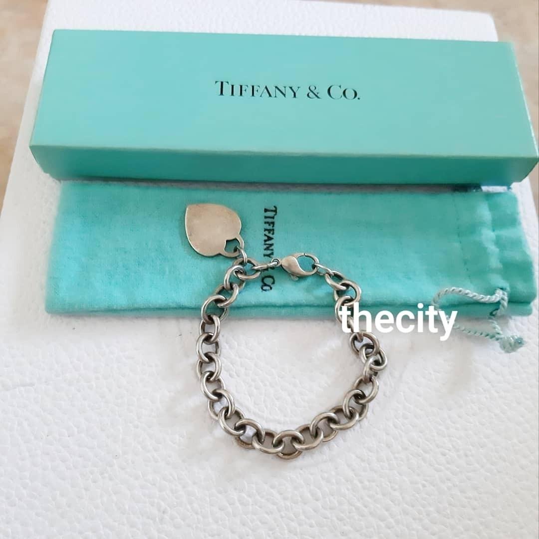 AUTHENTIC TIFFANY CO SILVER HEART BRACELET - ADJUSTABLE CLIP / FREE SIZE - WITH DUSTBAG AND BOX - (NOW RETAILS AROUND RM 1400+)