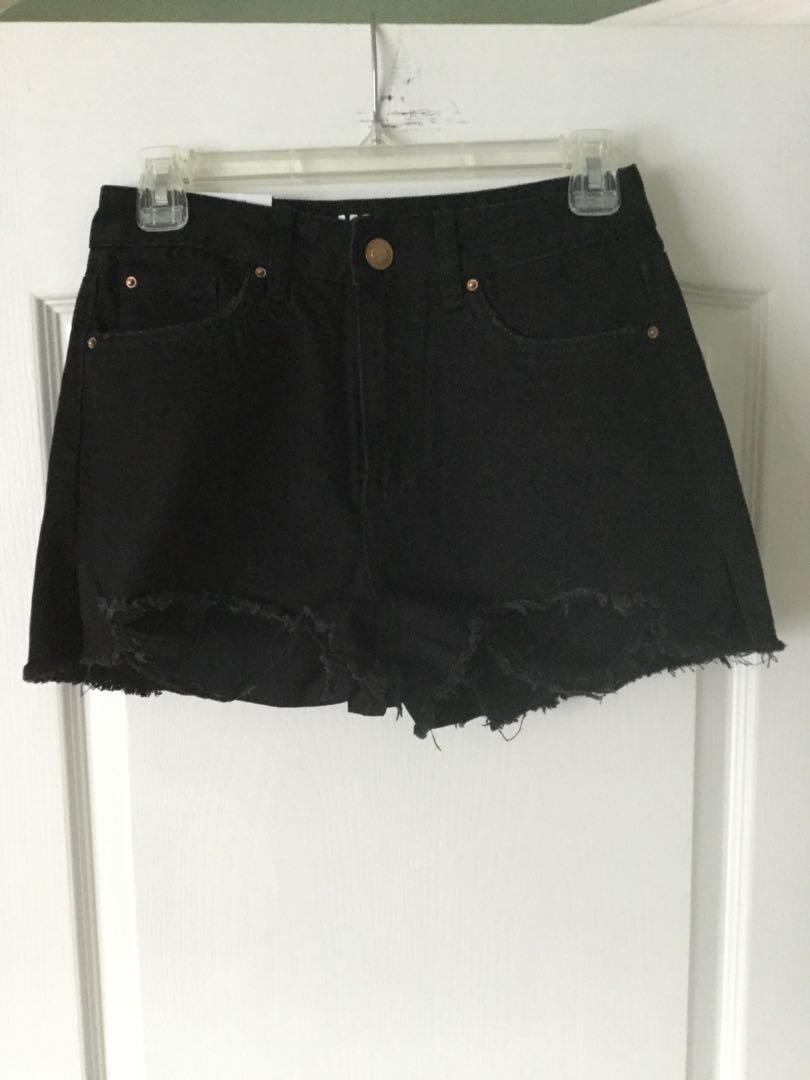 Black shorts from Urban Planet! New, size 3, tag 🏷 still attached.