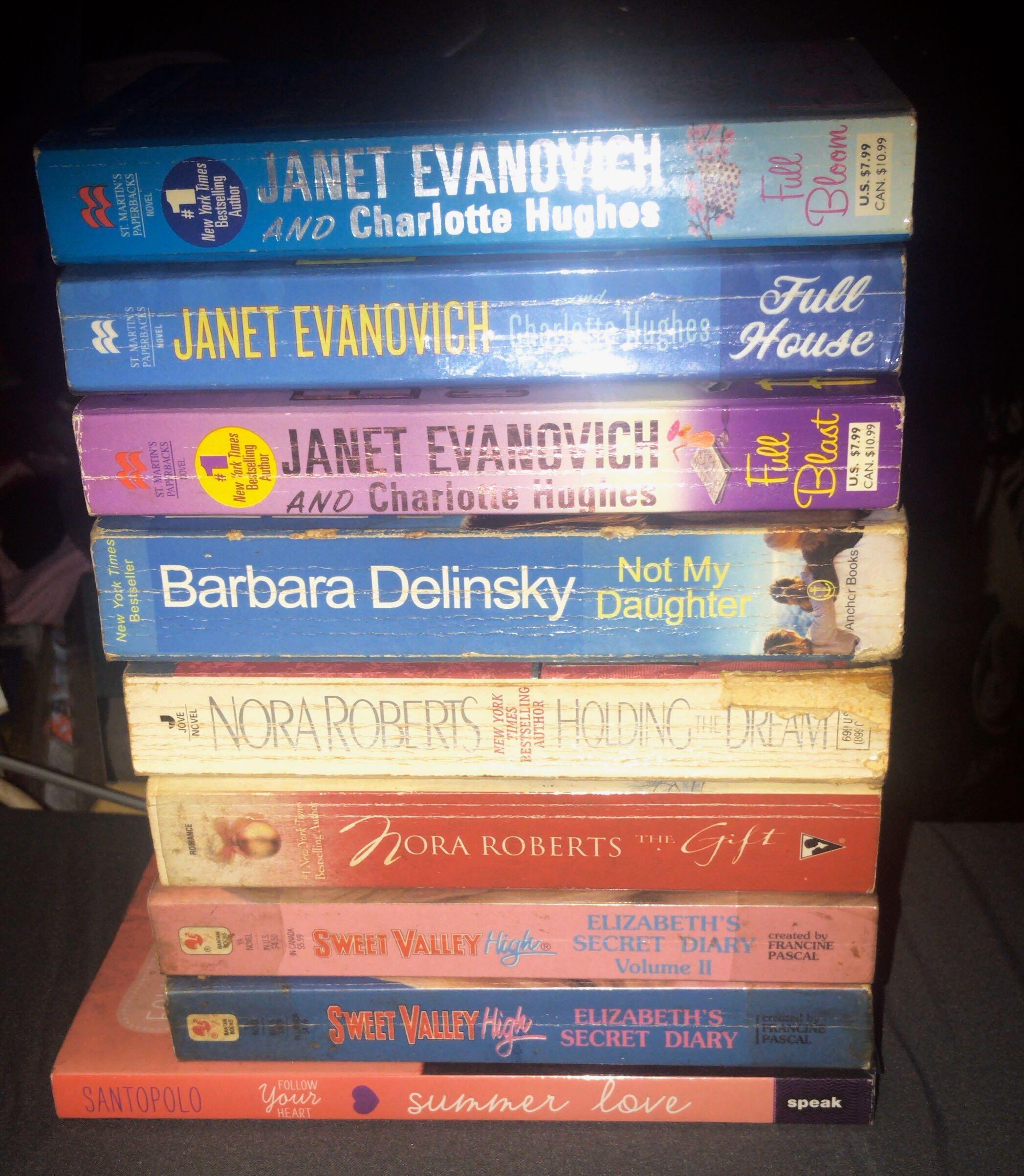 Book Bundle Sale!!! Nora Roberts, Barbara Delinsky, Janet Evanovich Books