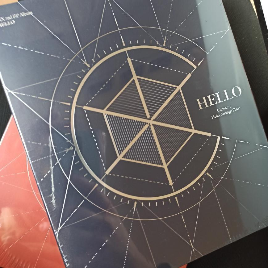 CIX - HELLO Chapter 2. HELLO, STRANGE PLACE (READYSTOCK-SEALED)