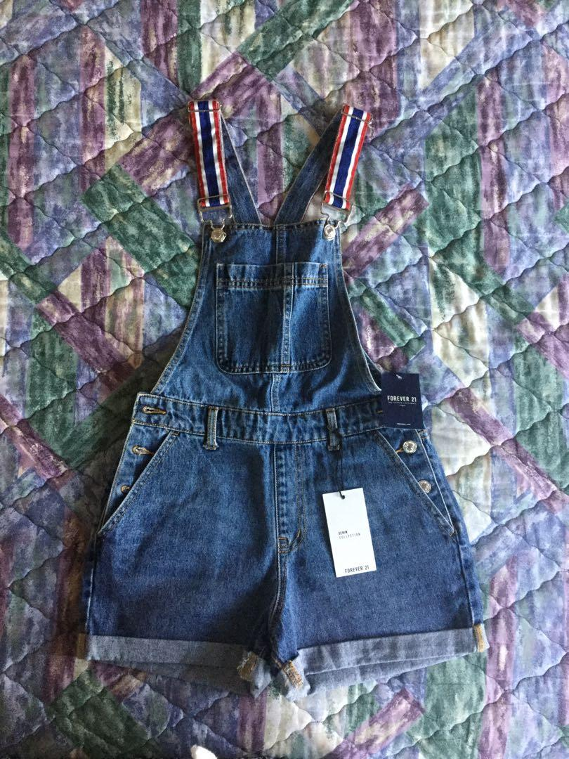 Forever 21 jean overalls shorts. Size small (S) New. Tags 🏷 still attached