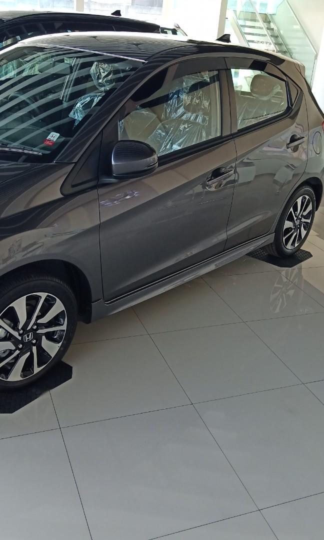 Honda Brio RS, FREE GANTI OLI, FREE SPAREPART, FREE SUKUCADANG SELAMA 4THN ATAU 50.000KM.. SIAPA CEPAT DIA DAPAT!!