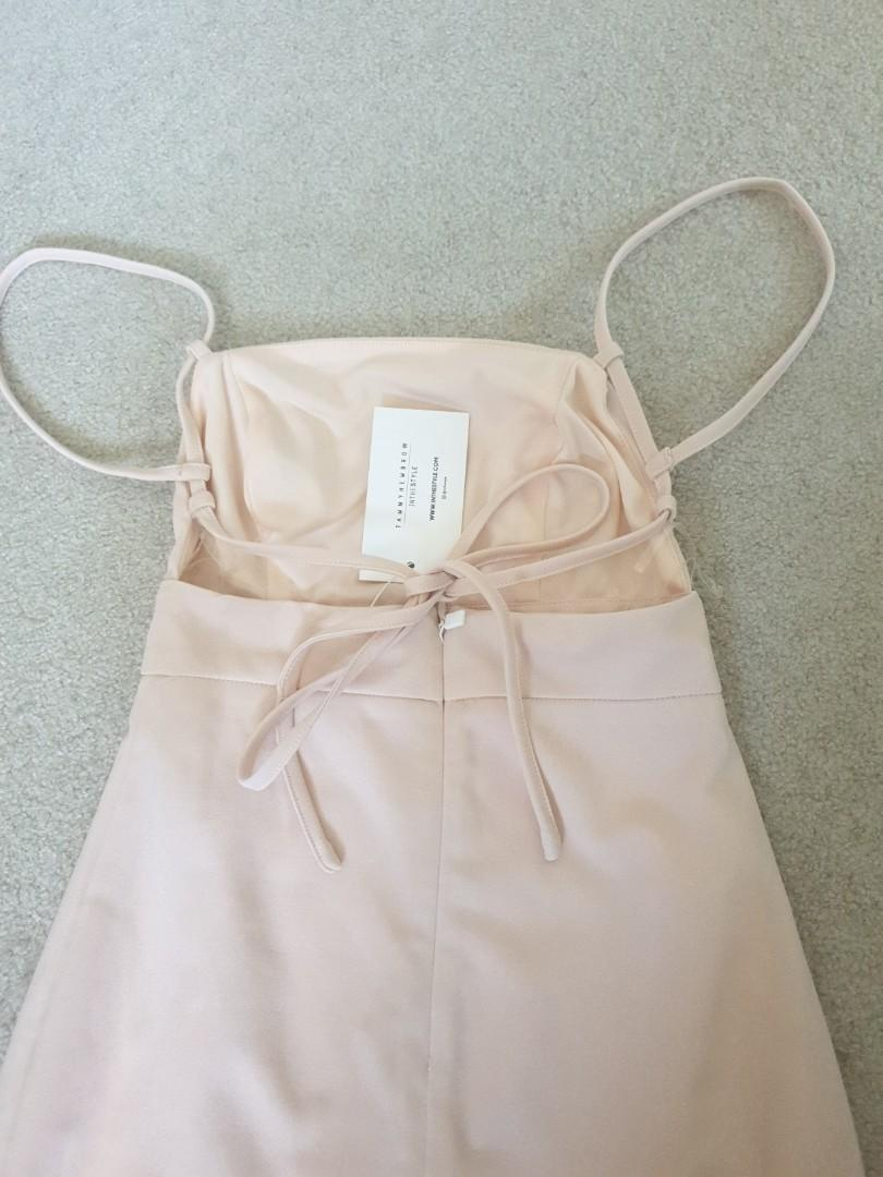 In the style x tammy hembrow peach mini dress size 6