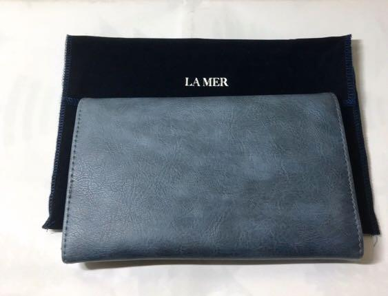 La Mer. Lamer. Wallet cum Passport Holder. Courtesy of Lamer at DFS. AUTHENTIC. MAIL ONLY ITEM.