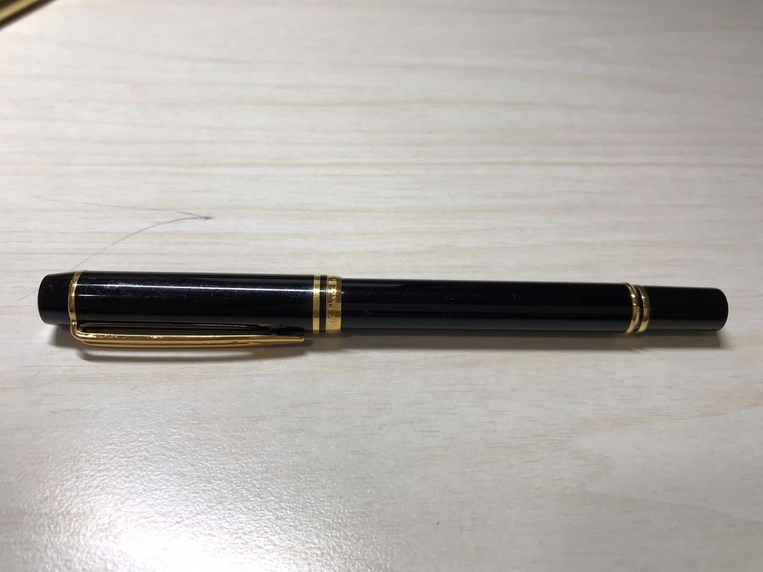 Waterman Charleston Ebony Black with Golden Trim, Fountain Pen with Fine solid gold nib and Blue ink