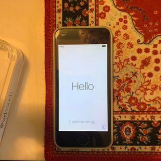 32gb iPod Touch 5th Gen. Space Grey.