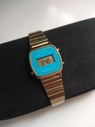 Casio LA670w Gold original