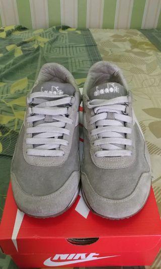 Sepatu Diadora Heritage made in Korea