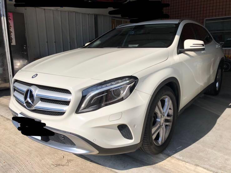 出售 2015年 賓士 Benz GLA200 總代理 白色 跑少