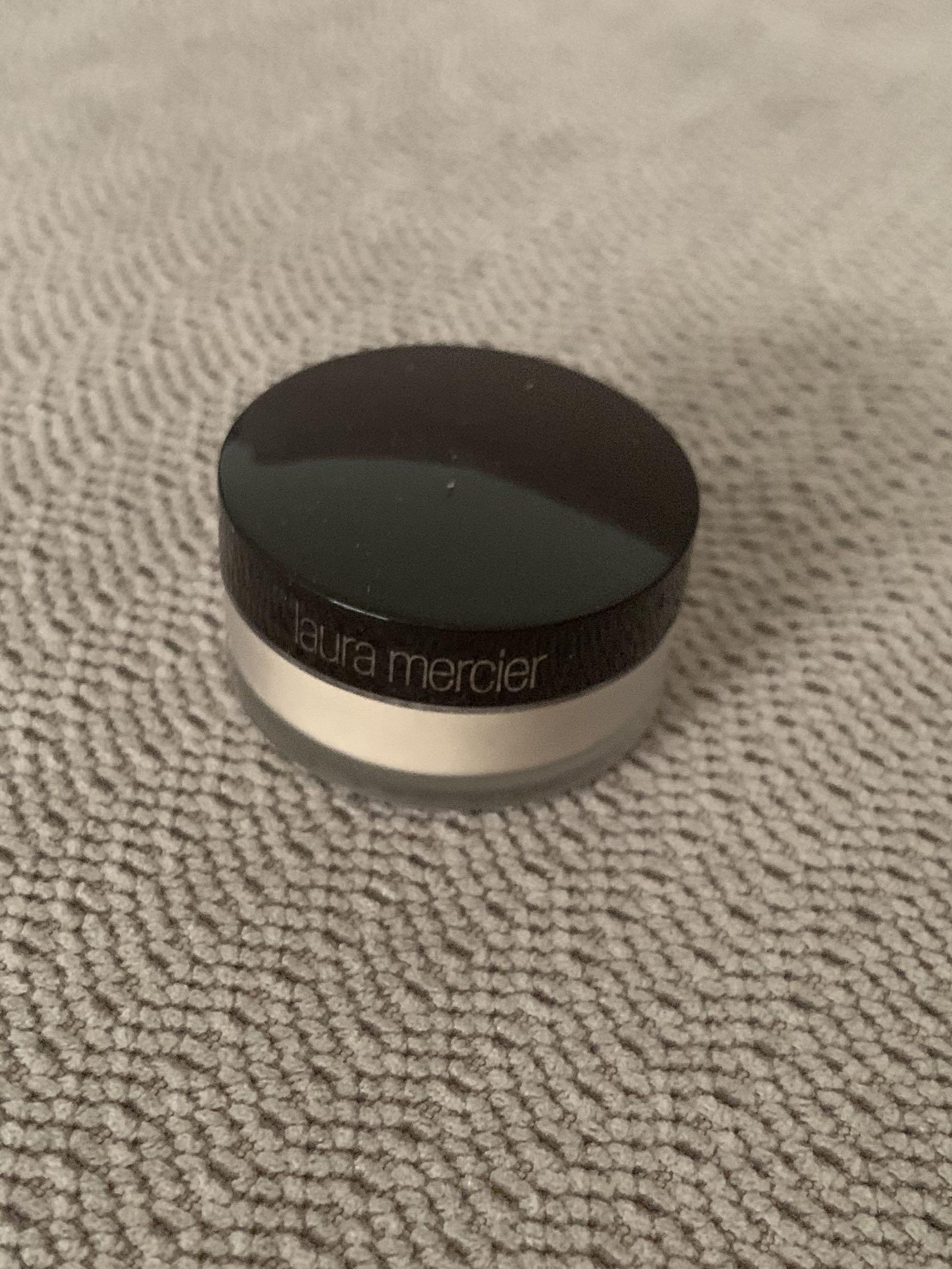Laura Mercier loose setting powder 3.5g sample size