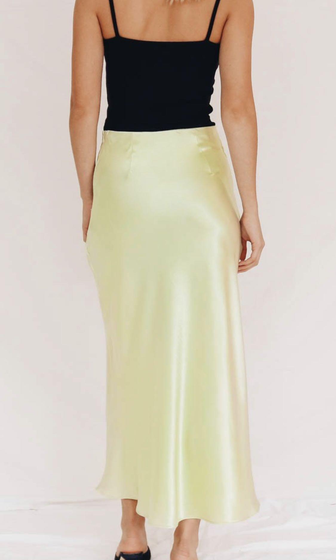 Verge Girl Bias Cut Midi Slip Skirt - Lime. Size 8
