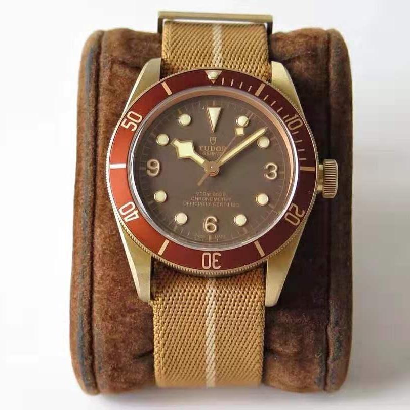 💥BUY WATCH, FREE SNEAKERS💥XF Factory V4 Tudor Heritage Black Bay Bronze M79250BM Bronze Red Bezel