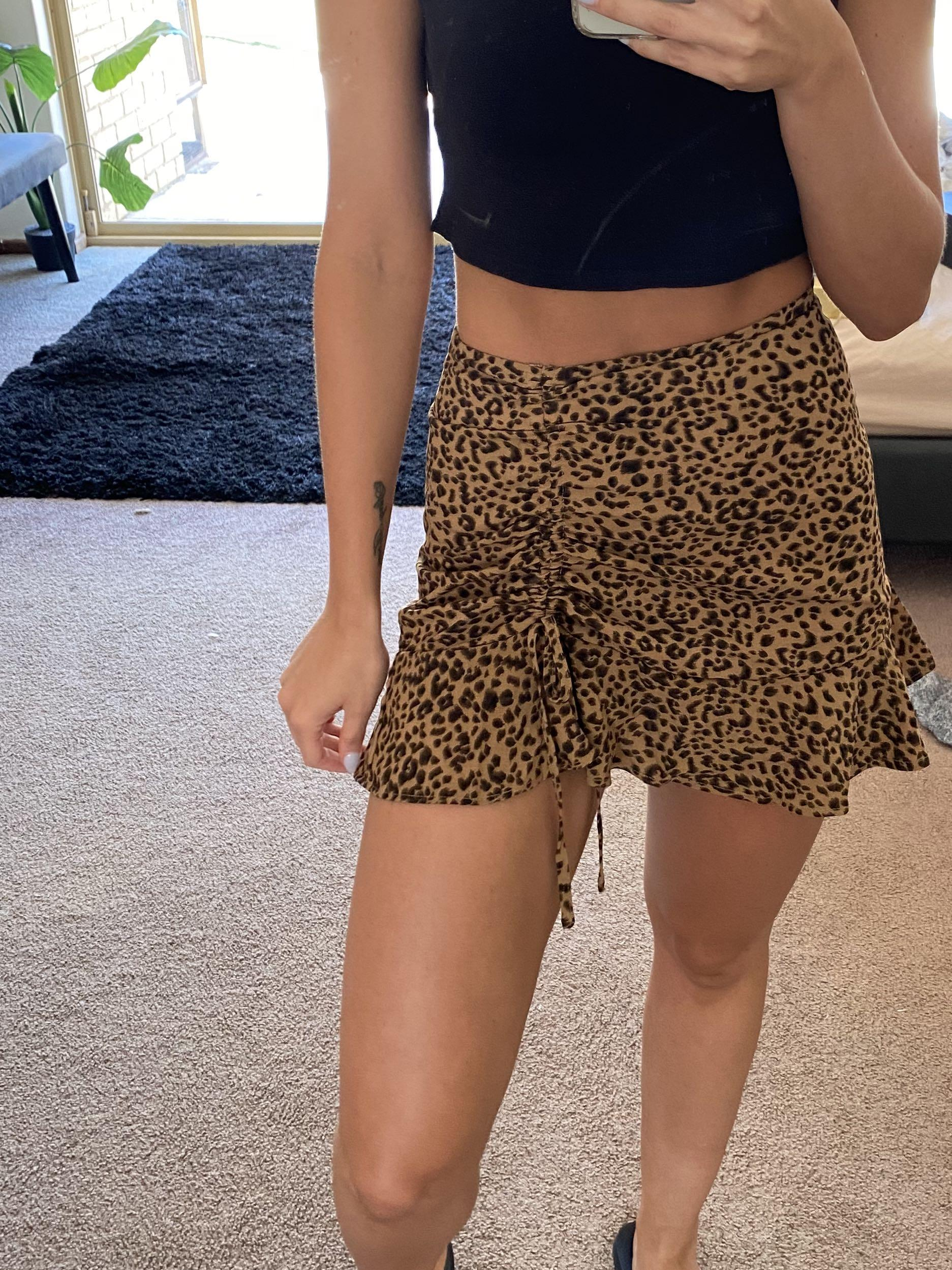 FREE UNTRACKED POSTAGE - General pants leopard print ruched mini skirt - size 6 - worn once