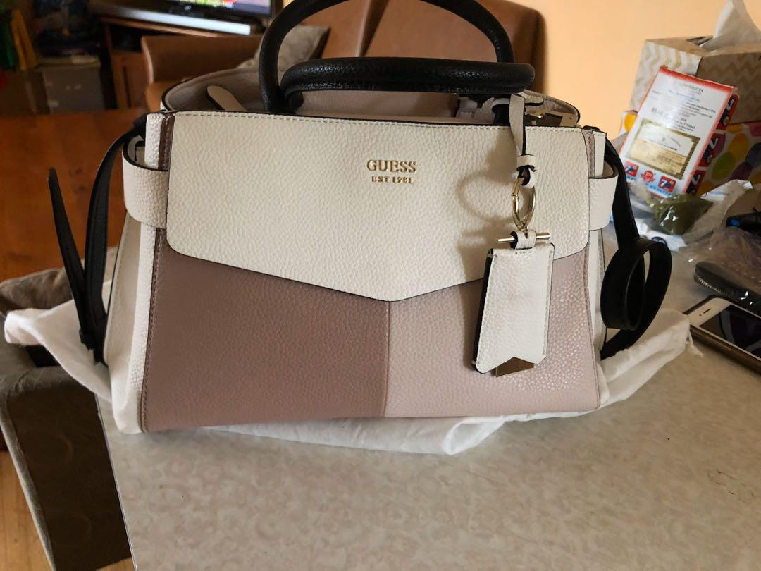 guess brand new bag used once fix price reduce to $80
