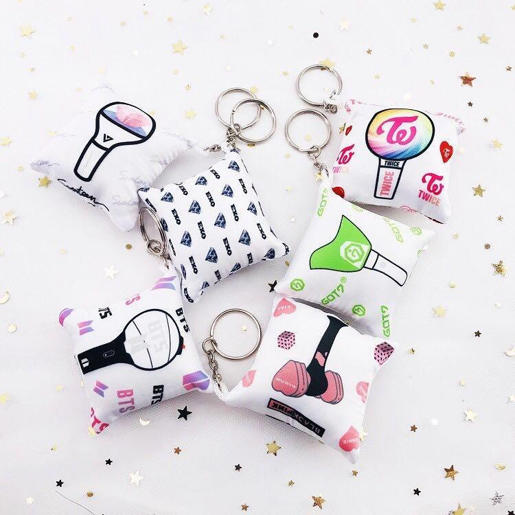 KPOP BTS TWICE SEVENTEEN GOT7 EXO BLACKPINK Mini Cute Pillow Cushion Keychain / Keyring / Pendant