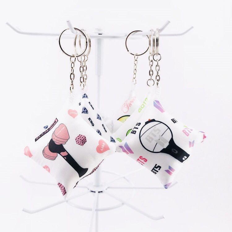 KPOP BTS TWICE SEVENTEEN GOT7 EXO BLACKPINK Mini Cute Pillow Cushion Keychain / Keyring / Pendant
