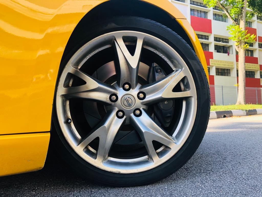Nissan 370Z Coupe (M)