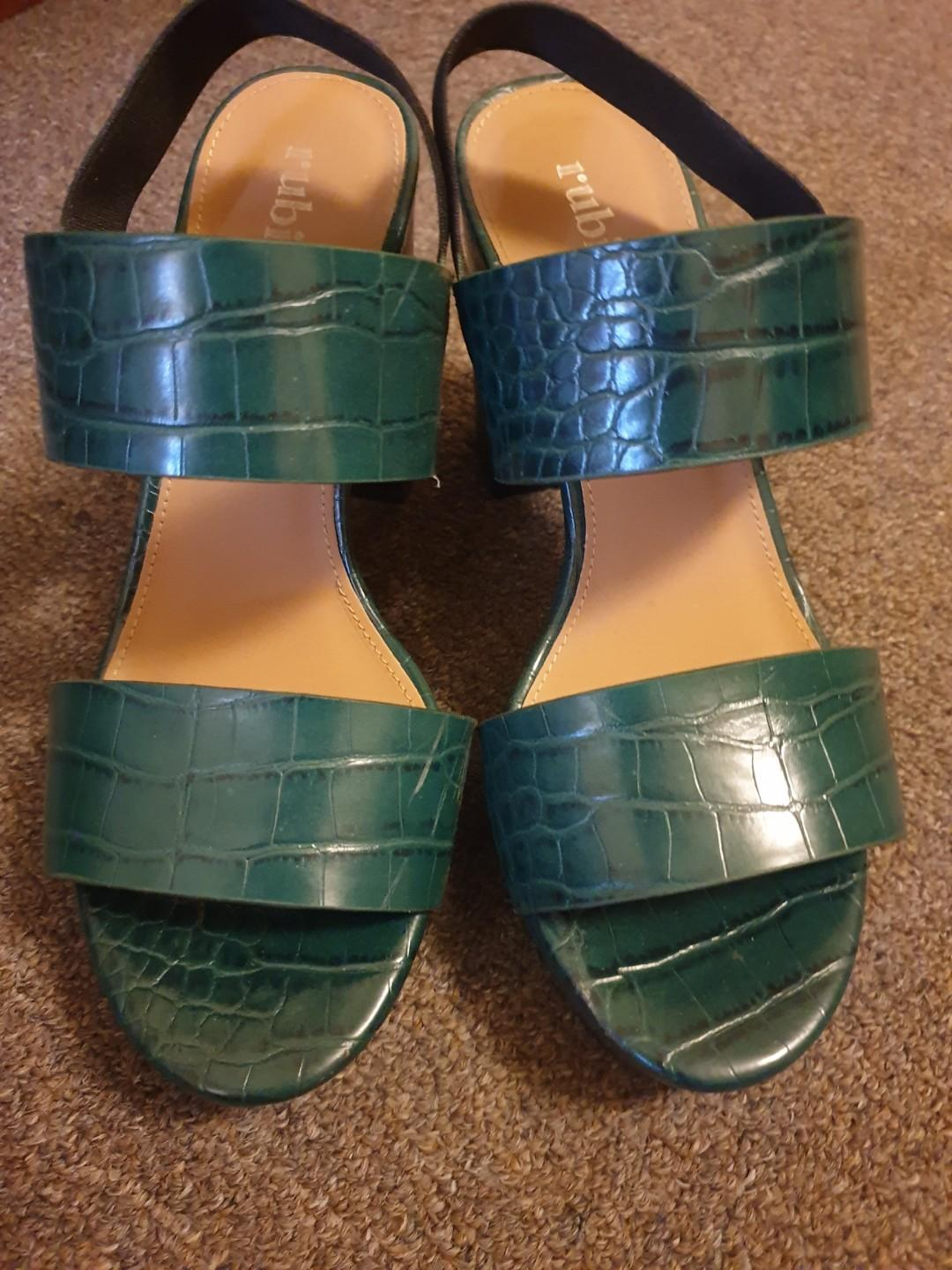 Rubi Green Faux Snake Skin High Block Heels Size 37 Great Condition