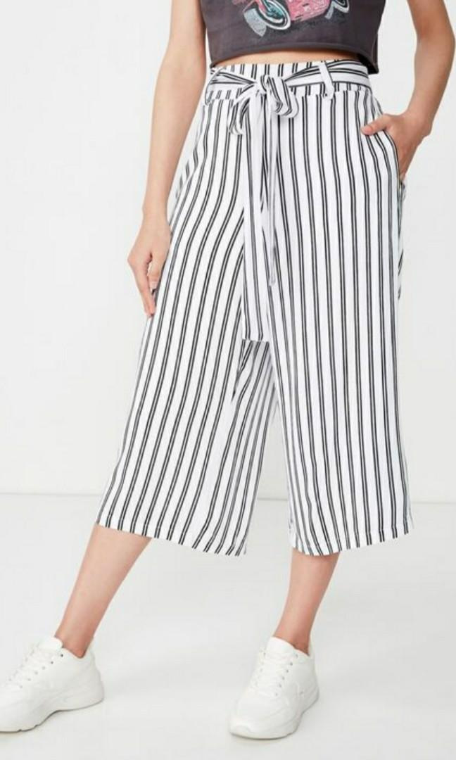 SUPRE black & white culotte pants - size 8 (brand new)