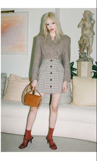 UO plaid skirt size M
