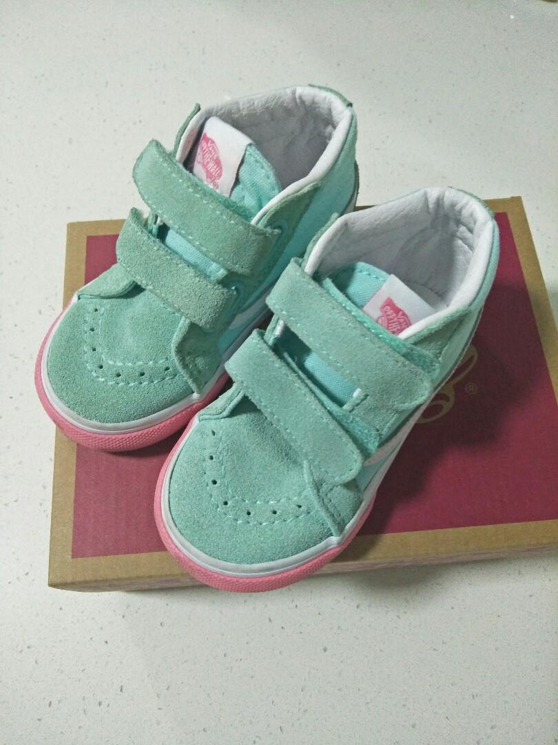 Authentic Vans Toddler Shoe Size 6 - To