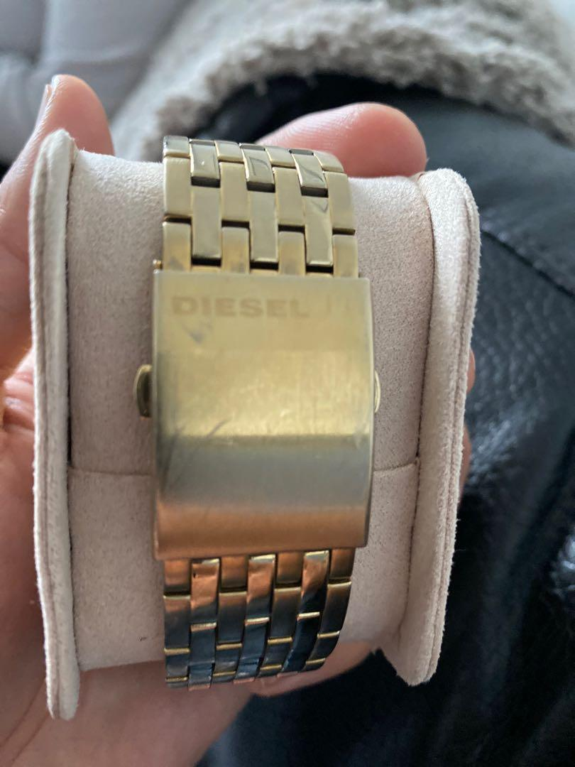 Diesel 3 bar Only the brave (special edition) gold watch