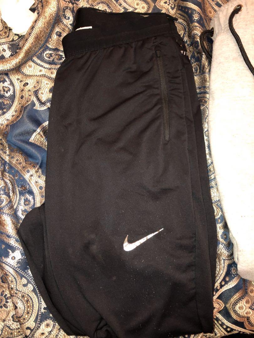 Good condition men's Nike black Slimfit tracksuit pants