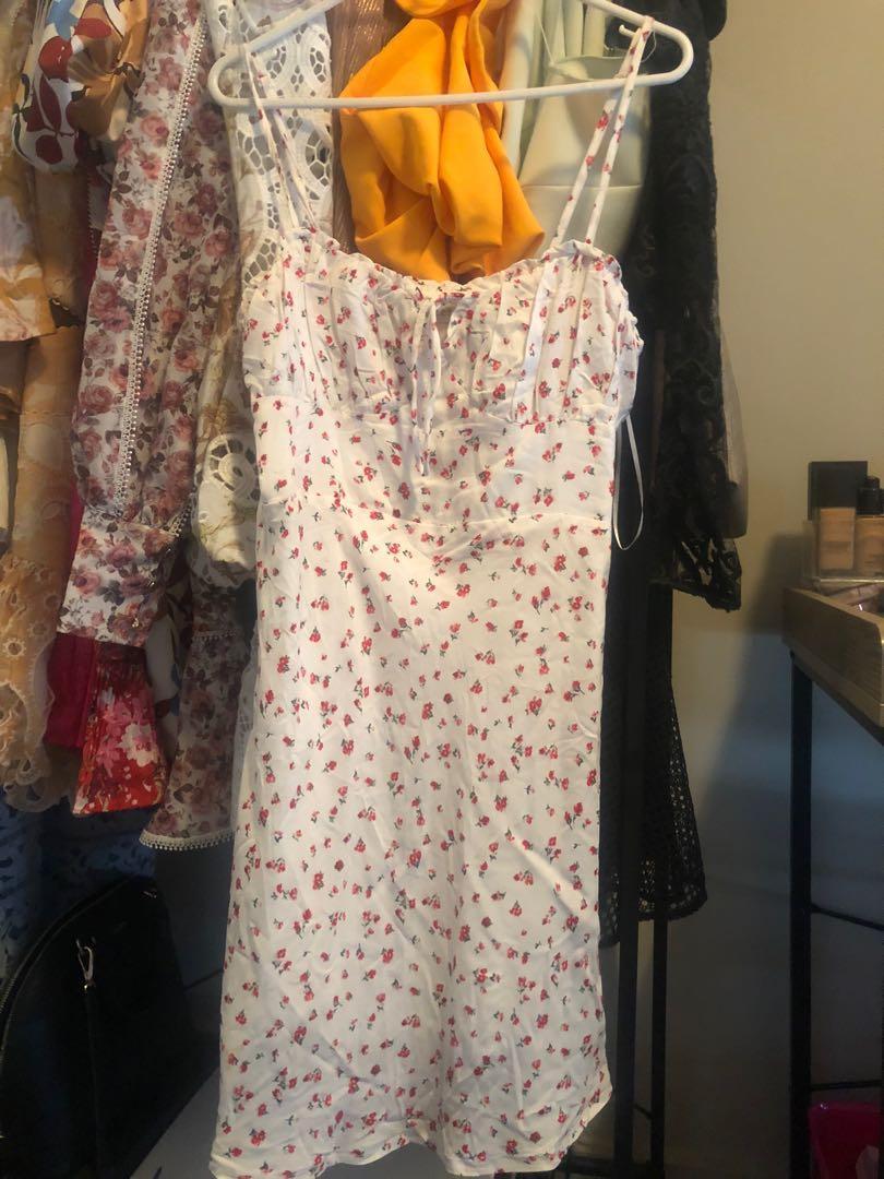 """RRP $79 BNWOT """"Mikayla"""" White Floral Mini Dress Size 8"""