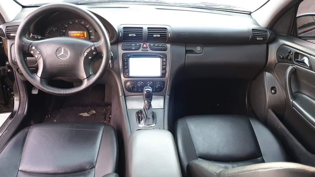 售2003年 賓士c230k 黑頭機械增壓 繳1.6cc的稅金 售158000