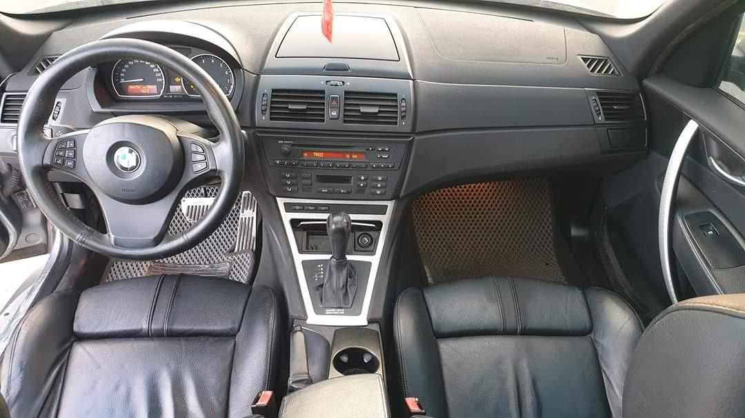 售2005年 bmw X3 3.0cc sport 運動版椅子黑屋頂 全景雙掀天窗 售268000