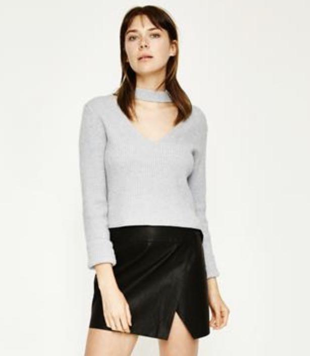 Alice In The Eve Grey Keyhole Knit Sweater Size S / 8