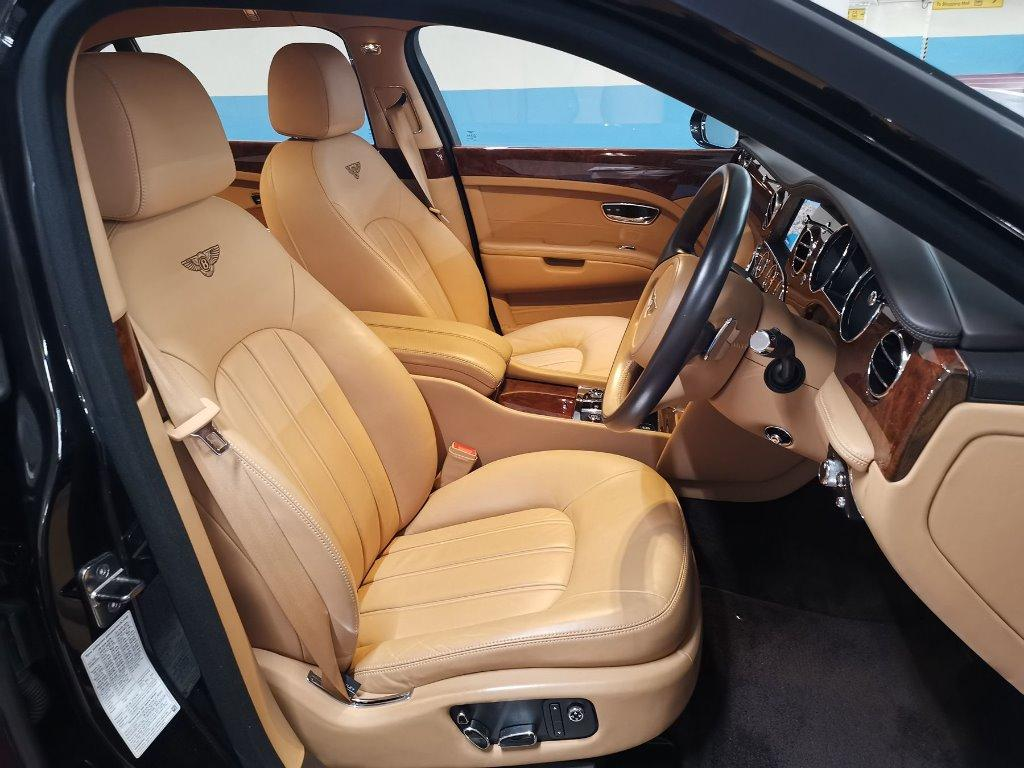 Bentley Mulsanne 6.8 Auto