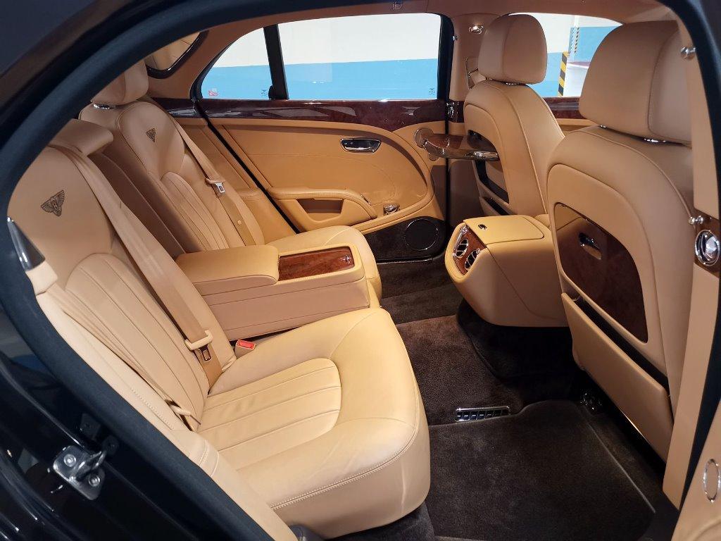 Bentley Mulsanne 6.8 Auto