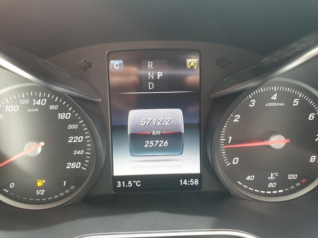 Mercedes-Benz C180 9G AVANTGARDE C180 9G AVANTGARDE Auto