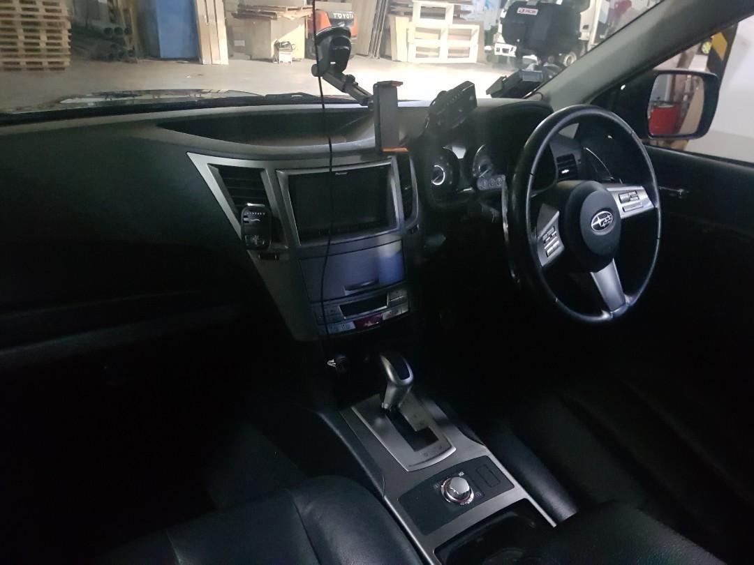 Subaru Legacy 2.5 GT Sedan (A)
