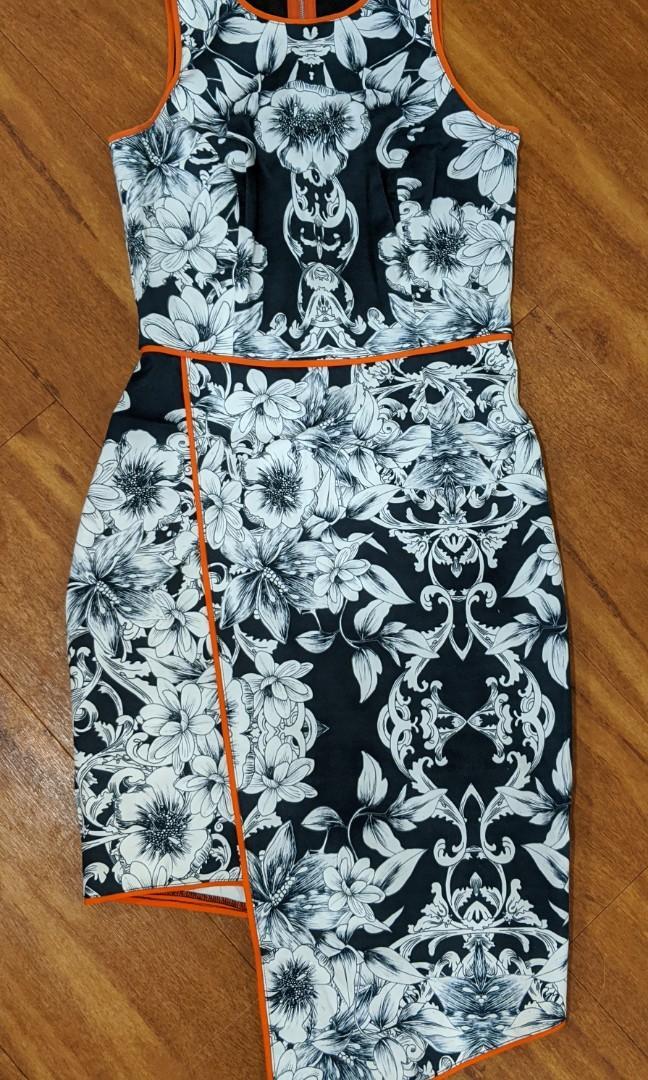 Talulah floral print dress with orange trim. Size 6 - new