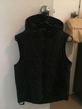 One'll puffer vest