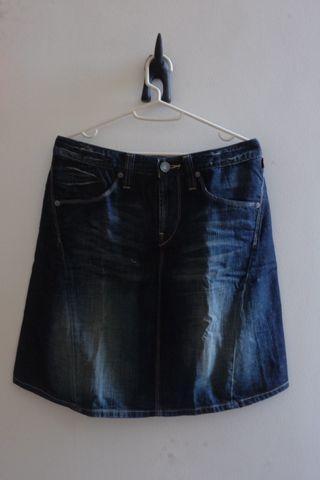 #awal2020 Mini Skirt Levis