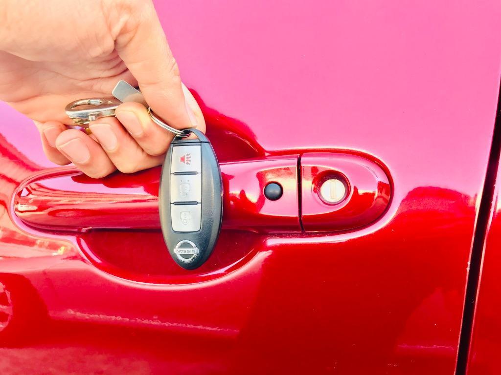 2013 Nissan Tiida 5D 1.6   實用大空間 省油省稅好保養 小資家庭最首選 👫👫👫