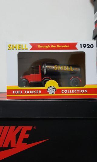 1920 fuel tanker