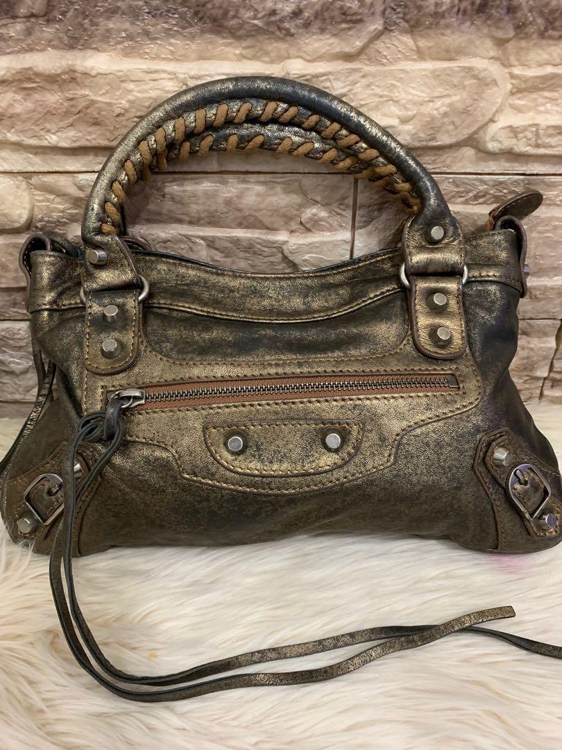 Balenciaga City edge mini 30 cm, special edition, strap after market, kondisi 90% mulus, original, bag only, bonus zipper leather puller ( last photo )