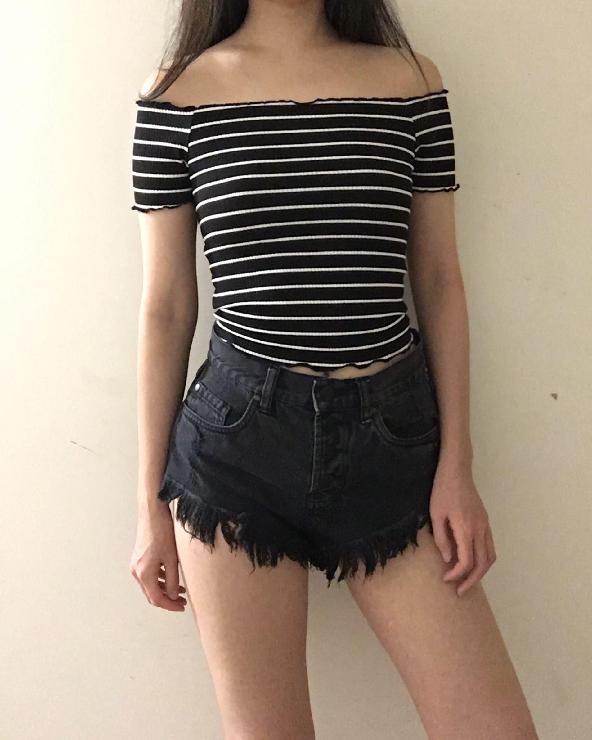 Bardot size 8 black and white stripe lettuce hem off shoulder crop top
