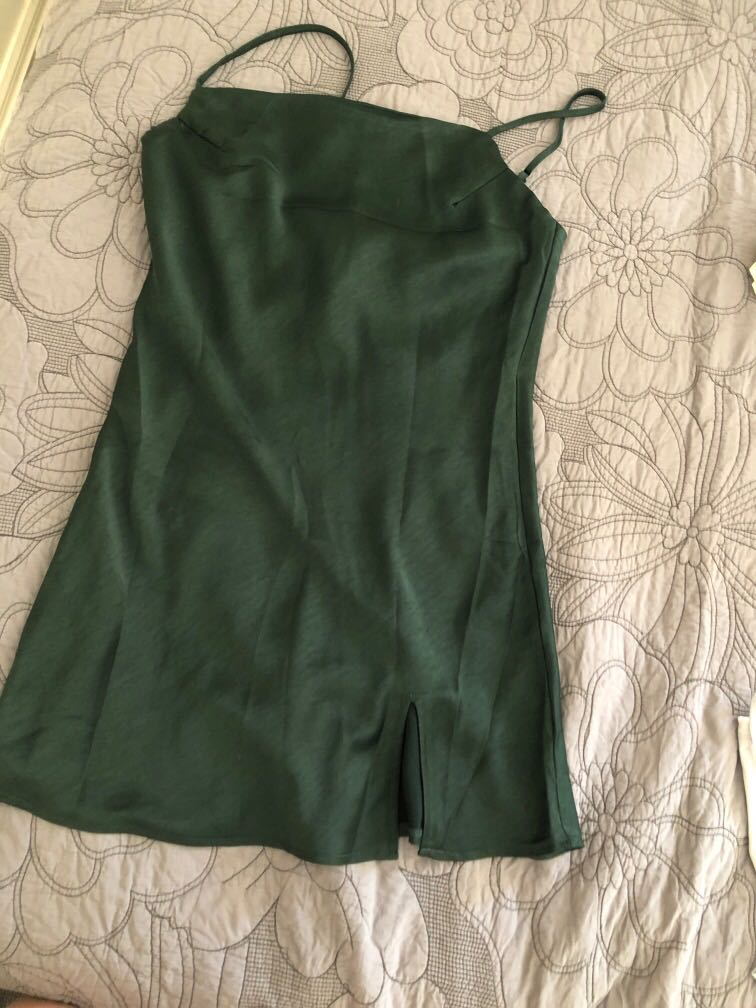 Beginning Boutique emerald slip mini dress with slit size 10