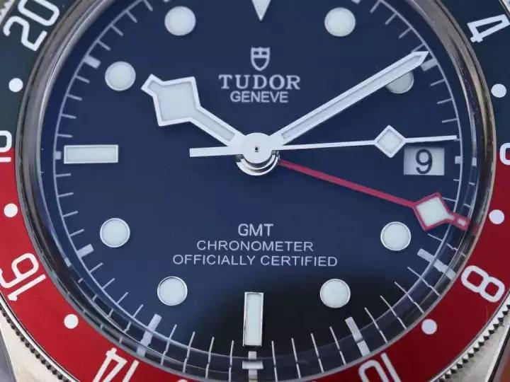 💥BUY WATCH,FREE SNEAKERS💥ZF Factory Tudor Heritage Black Bay GMT 紅藍可樂圈GMT